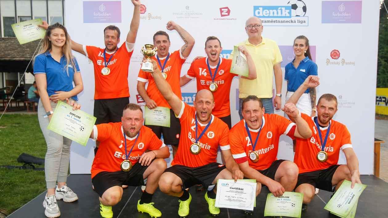 Penalty pro Velkou partu: Turnaj Zaměstnanecké ligy ovládla enteria
